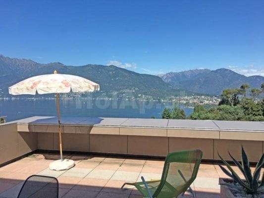 HolAp - Ferienwohnungen, Ferienhäuser im Tessin, Ascona, Locarno, Minusio, Orselina, Brione S.Minusio, Valle Maggia, Valle Verzasca, Gambarogno -  - H6575-29_terrazza_vista2