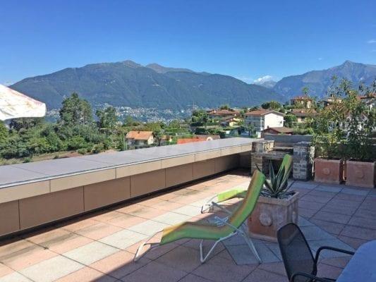 HolAp - Ferienwohnungen, Ferienhäuser im Tessin, Ascona, Locarno, Minusio, Orselina, Brione S.Minusio, Valle Maggia, Valle Verzasca, Gambarogno -  - H6575-29_terrazza_vista3