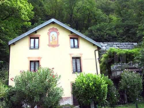 HolAp - Ferienwohnungen, Ferienhäuser im Tessin, Ascona, Locarno, Minusio, Orselina, Brione S.Minusio, Valle Maggia, Valle Verzasca, Gambarogno -  - H6671-99_casa