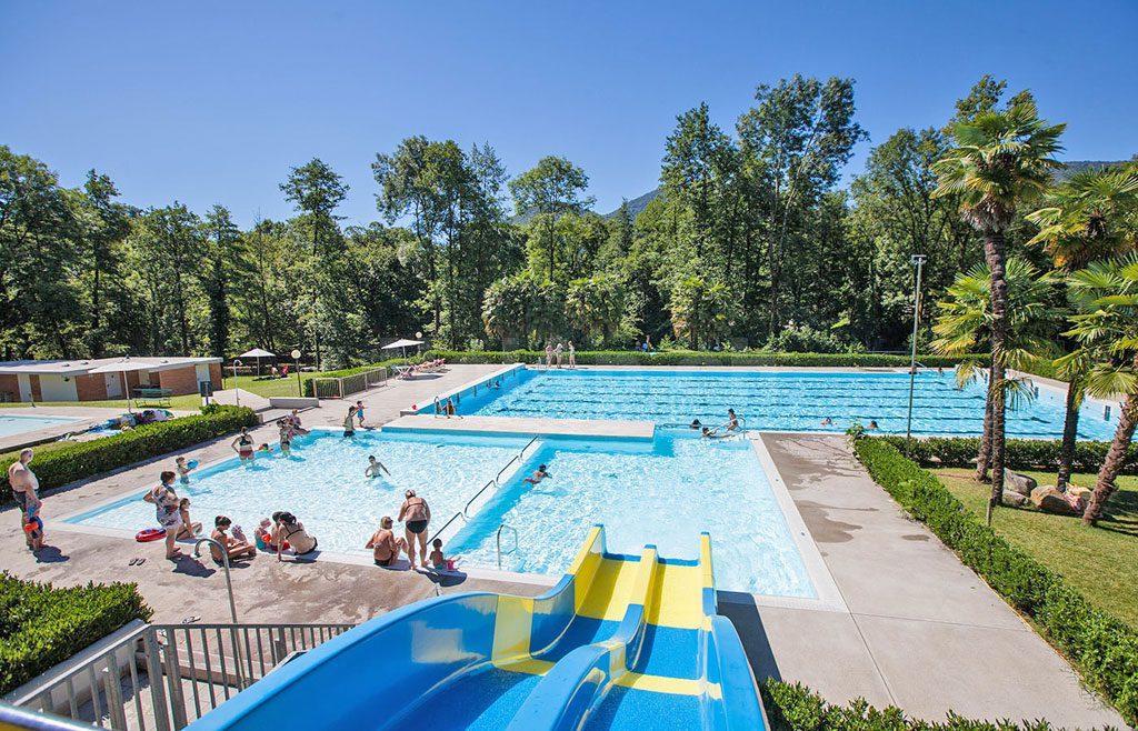 HolAp - Ferienwohnungen, Ferienhäuser im Tessin, Ascona, Locarno, Minusio, Orselina, Brione S.Minusio, Valle Maggia, Valle Verzasca, Gambarogno -  - H6997-388_391_Piscina