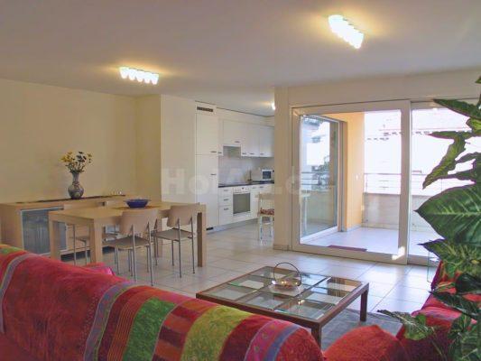 real-estate - 6600W224_soggiorno
